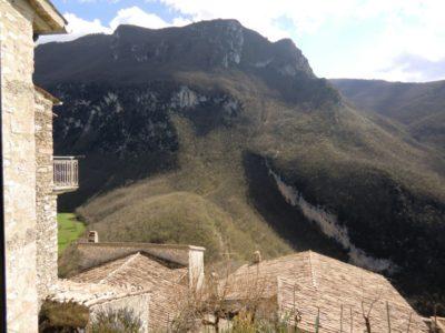 Appartamento a Sant'Anatolia di Narco